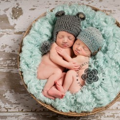Cleveland Newborn twins photography