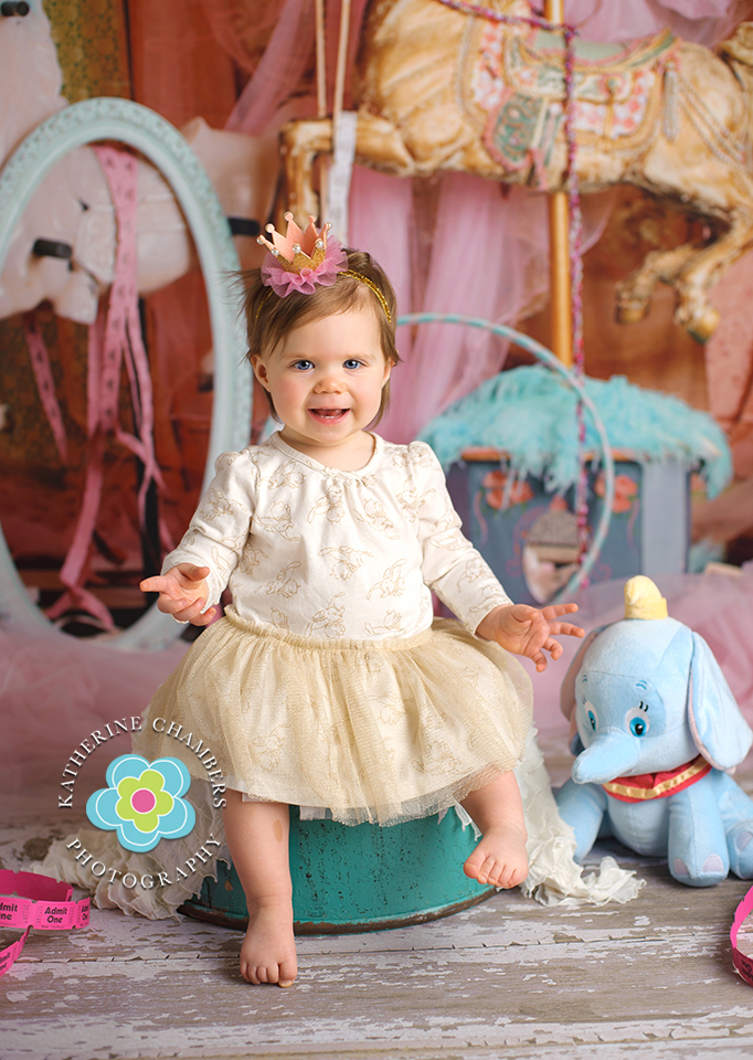 www.katherinechambers.com, Cleveland Baby Photography, Katherine Chambers Photography www.katherinechambers.com, Cleveland Cake Smash, Cleveland Baby Photography, Katherine Chambers Photography (9)