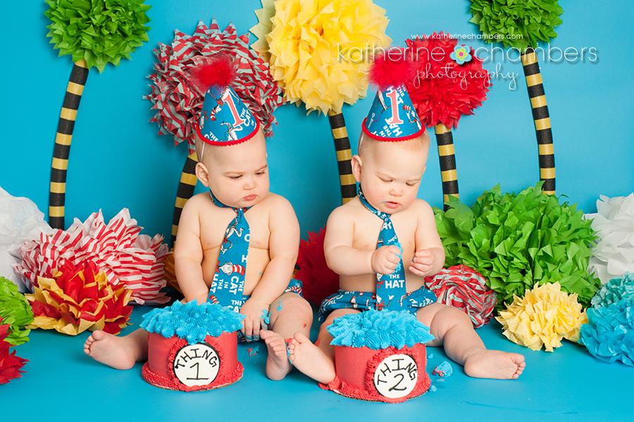 Dr. Seuss cake smash, Cleveland Baby Photography, Cleveland baby photographers, Cleveland cake smash photographer, Avon Cake smash photographer, www.katherinechambers.com