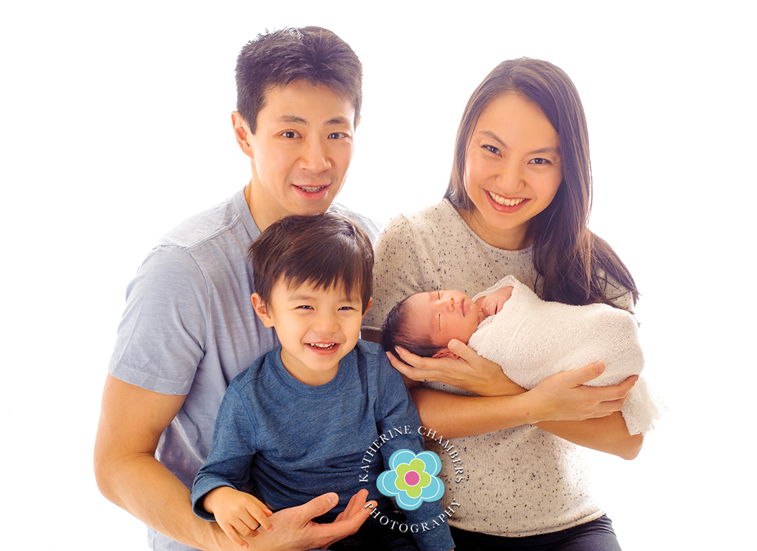 Family of 4, Newborn with family, University Heights Photographer