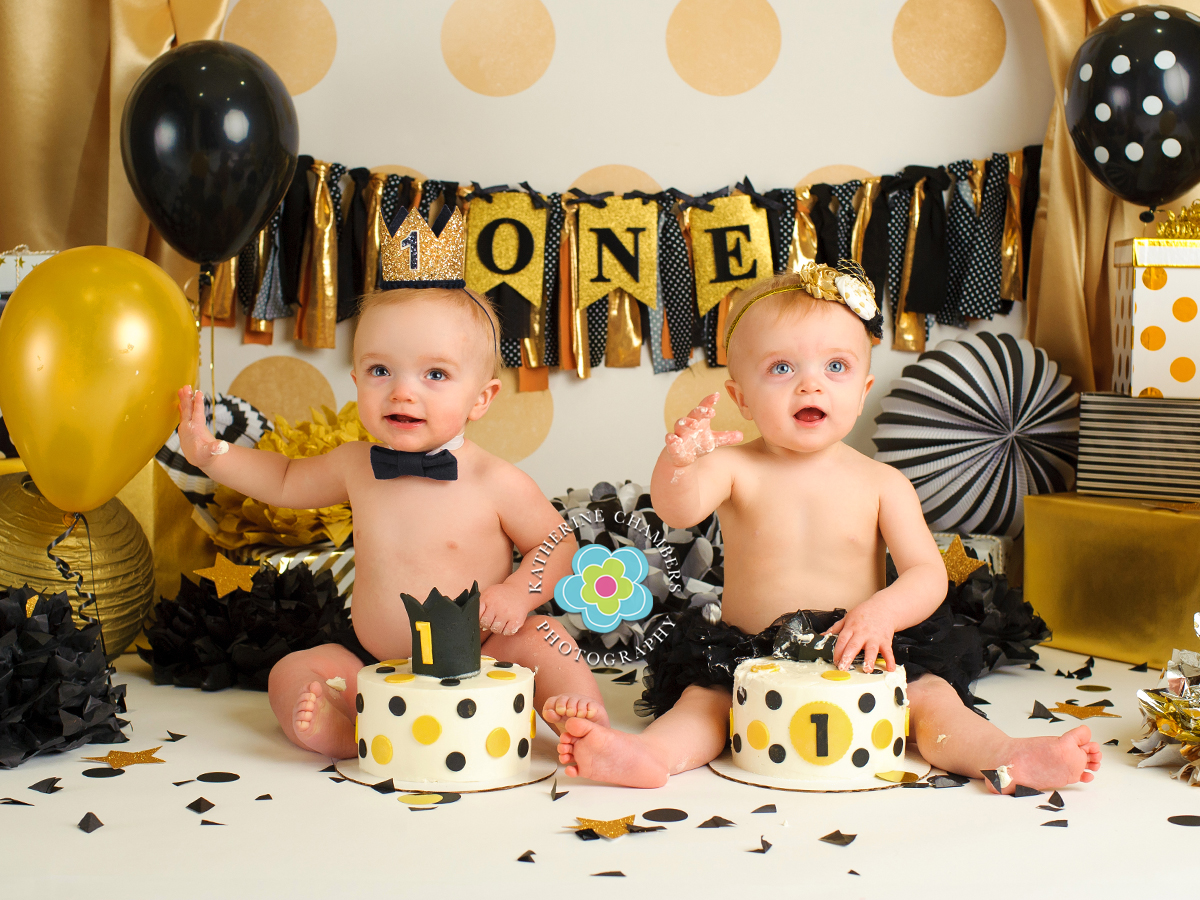 www.katherinechambers.com, Twins cake smash, twins newborn session, Cleveland twins, Cleveland Cake Smash, Avon Ohio Baby Photography, Katherine Chambers Photography (7)