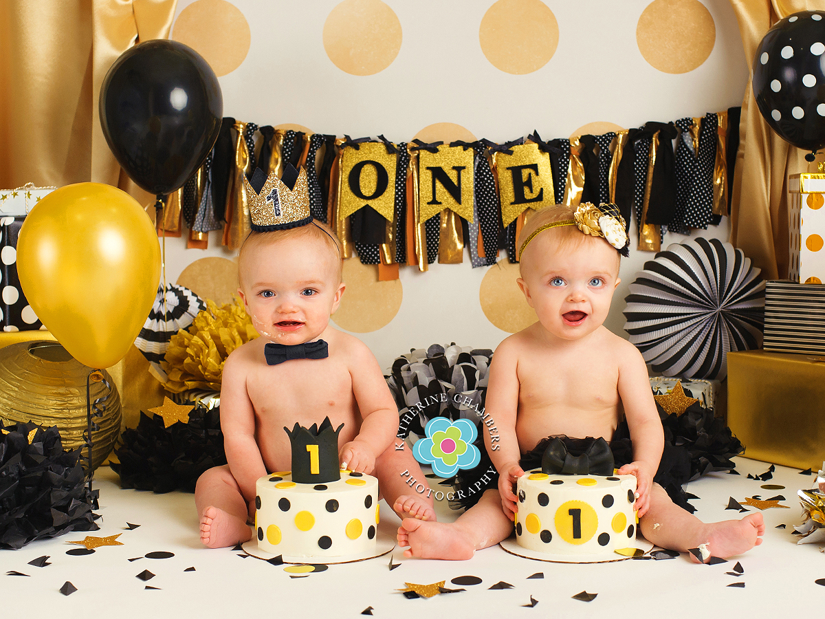 www.katherinechambers.com, Twins cake smash, twins newborn session, Cleveland twins, Cleveland Cake Smash, Avon Ohio Baby Photography, Katherine Chambers Photography (1)