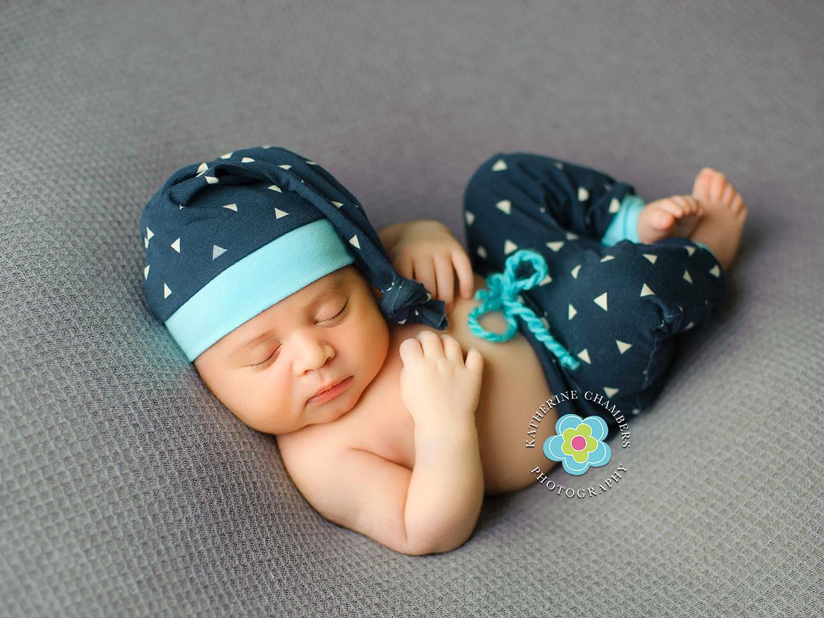 Cleveland, OH Newborn Photographer Katherine Chambers