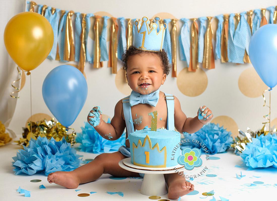 Shaker Heights Baby Photographer | Cake Smash Session | Shaker Heights Baby Photos