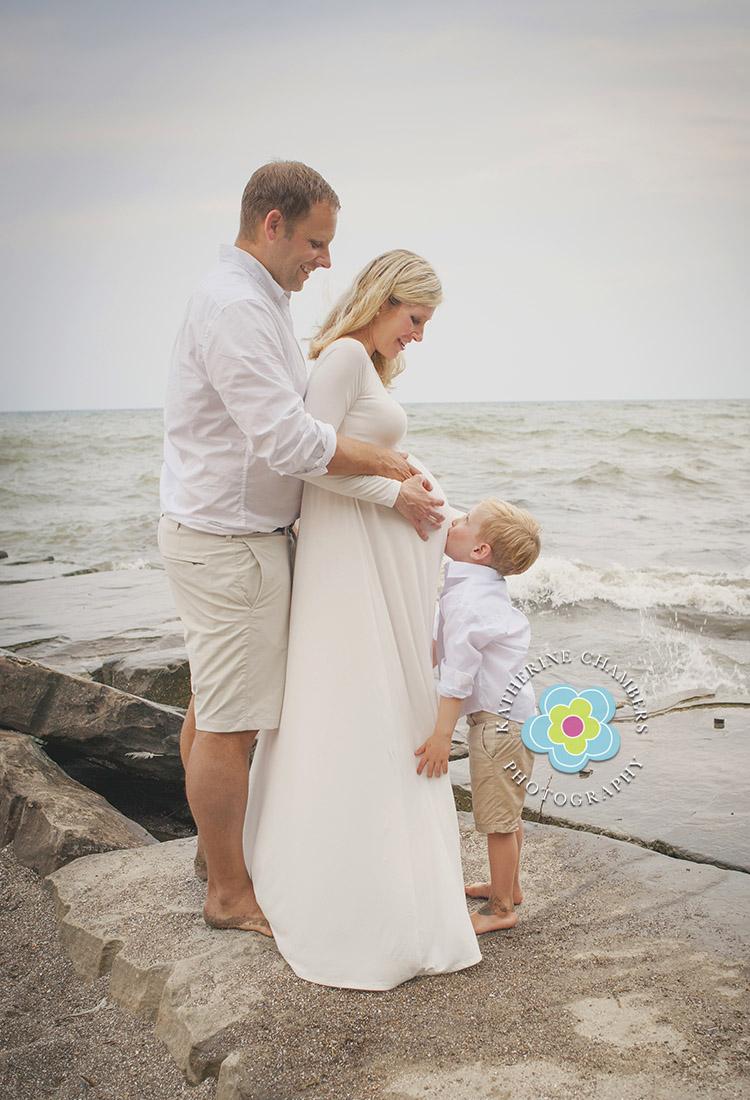 Westlake Maternity Photographer | Cleveland Family Photography | Huntington Beach Session