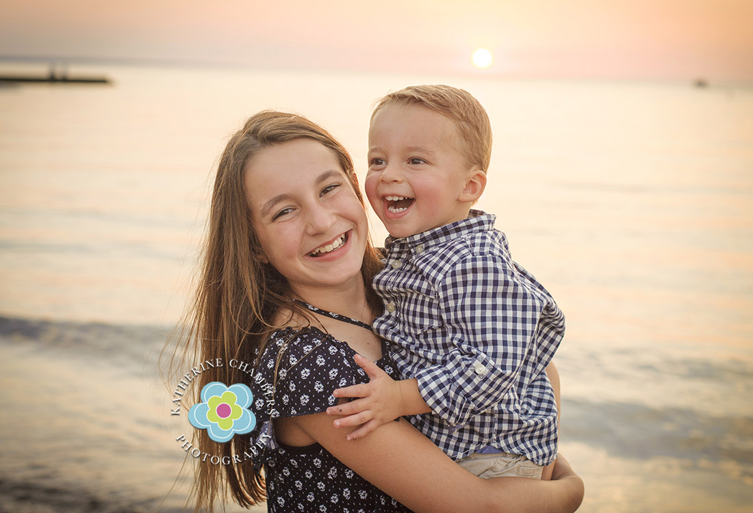 Child Photographer in Rocky River| Cleveland Family Photographer | Beach Photo Session