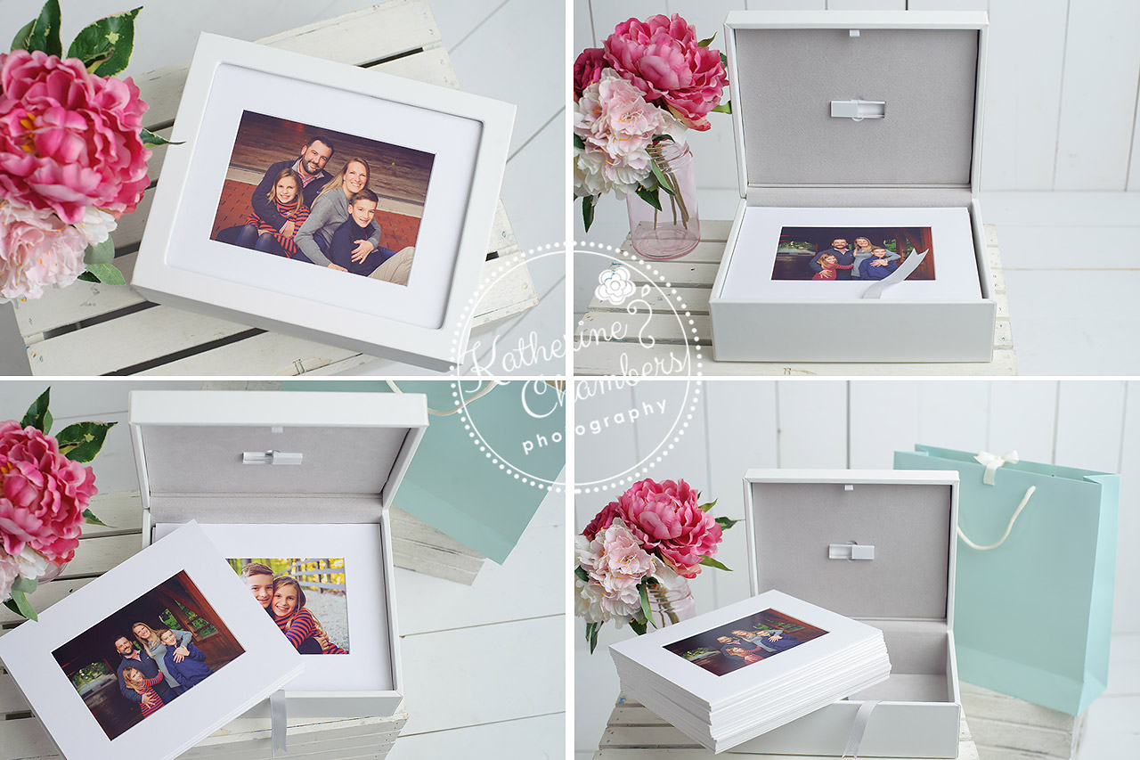 Image-Box with Matted Prints