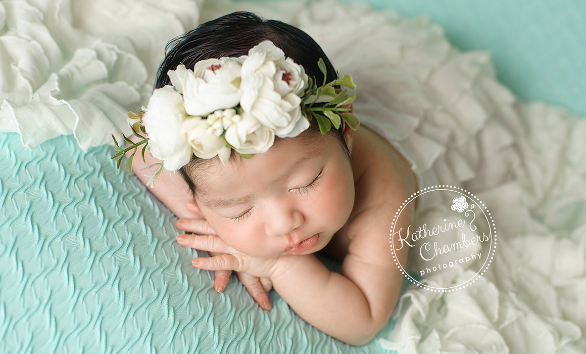 Cleveland-Newborn-Photographer_01