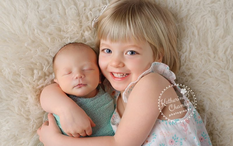 Cleveland's Best Newborn Photographer, Sibling with Newborn, Family Photographer Cleveland, OH