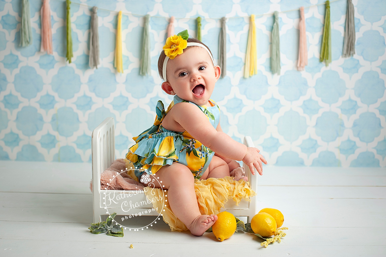 Baby Photography Cleveland, Lemon Romper, Sitter Photo Session