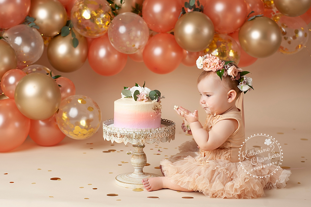Baby Photographer in Avon Ohio | Cake Smash Photography