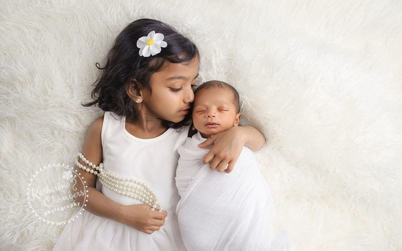 Sibling and Baby Photos in Cleveland Ohio