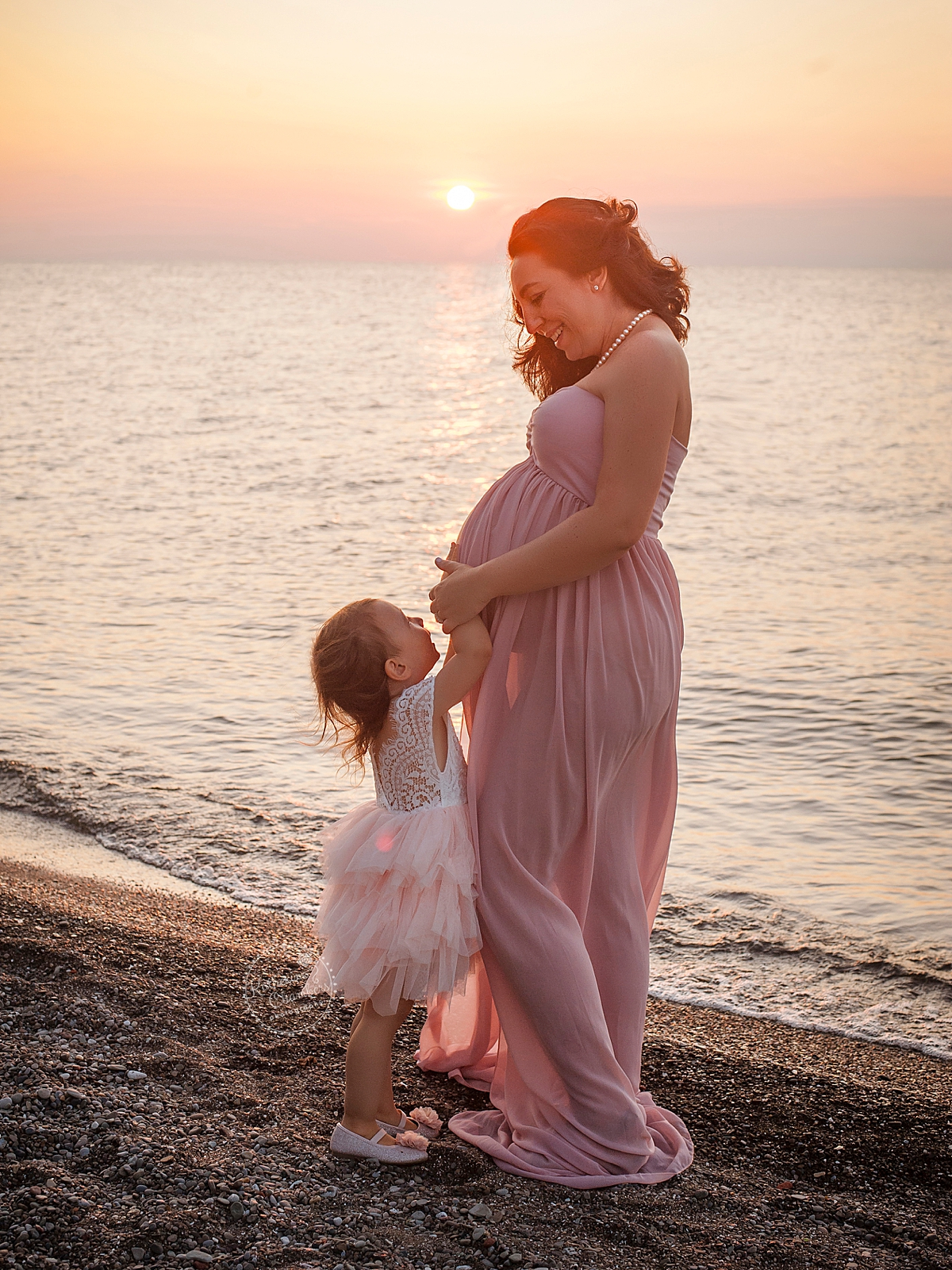 Lake Erie Maternity Photos