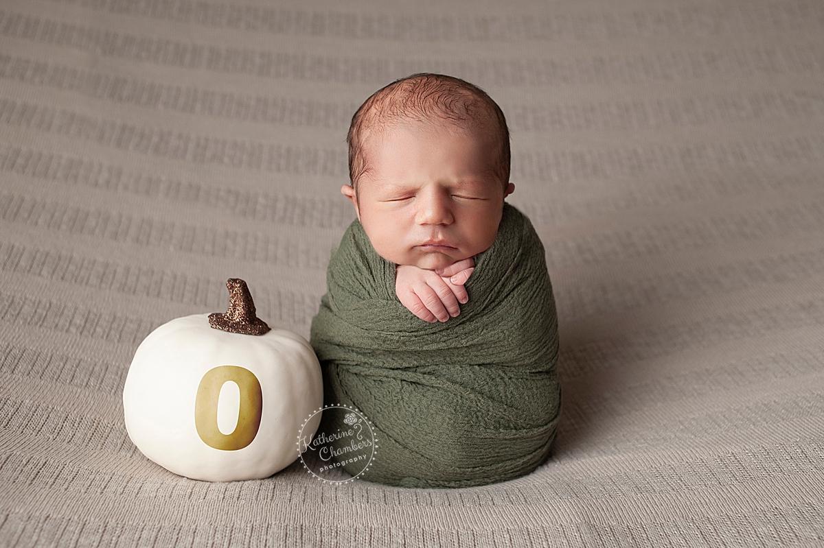 Cleveland Newborn Photographer   Fall Newborn