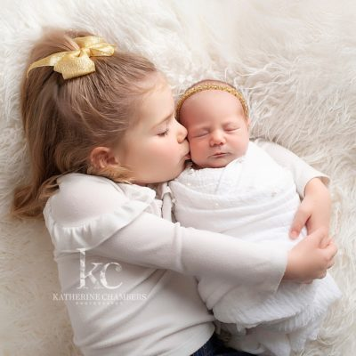 Sisters | Newborn with Sibling