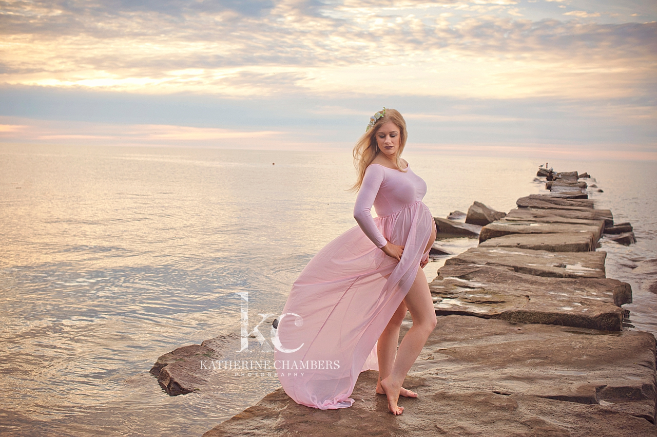 Cleveland Maternity Photographer | Beach Session