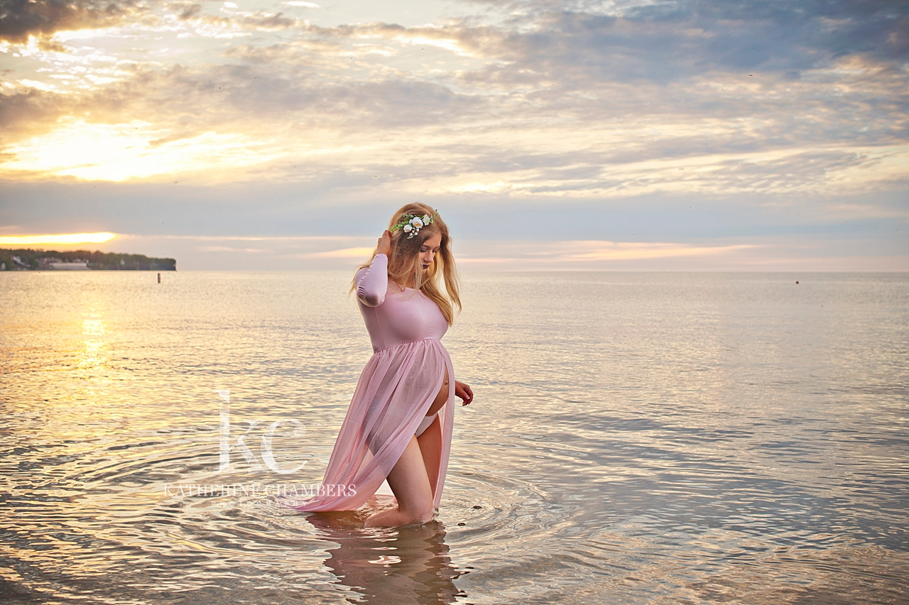 Lake Erie Maternity Photo Session