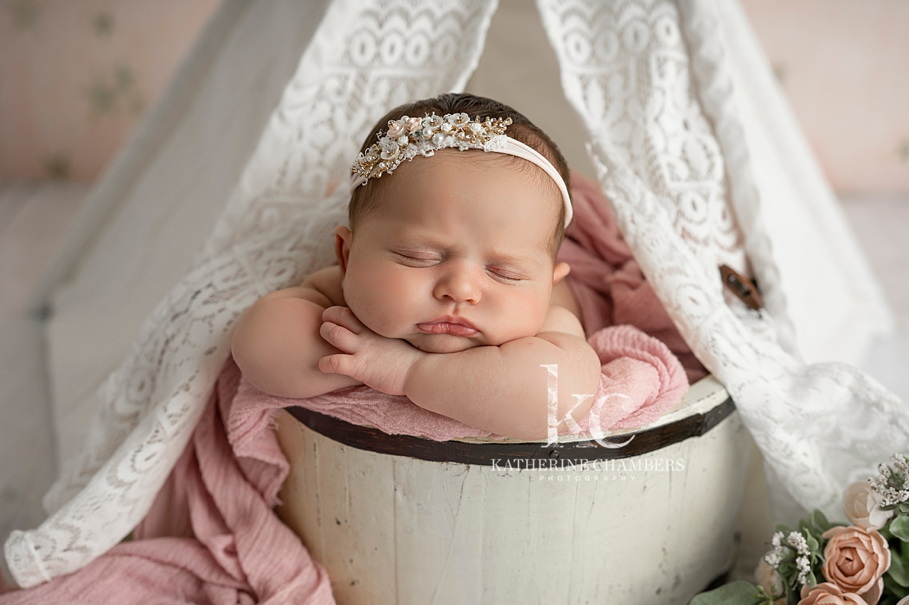 Strongsville Newborn Photographer | Best Newborn Photographer