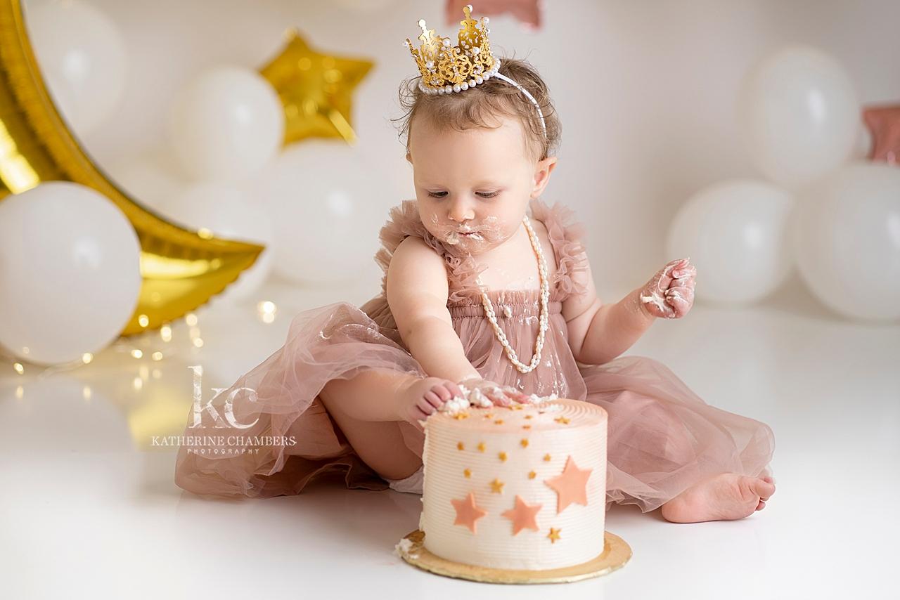 Cleveland Baby Photographer | Cake Smash