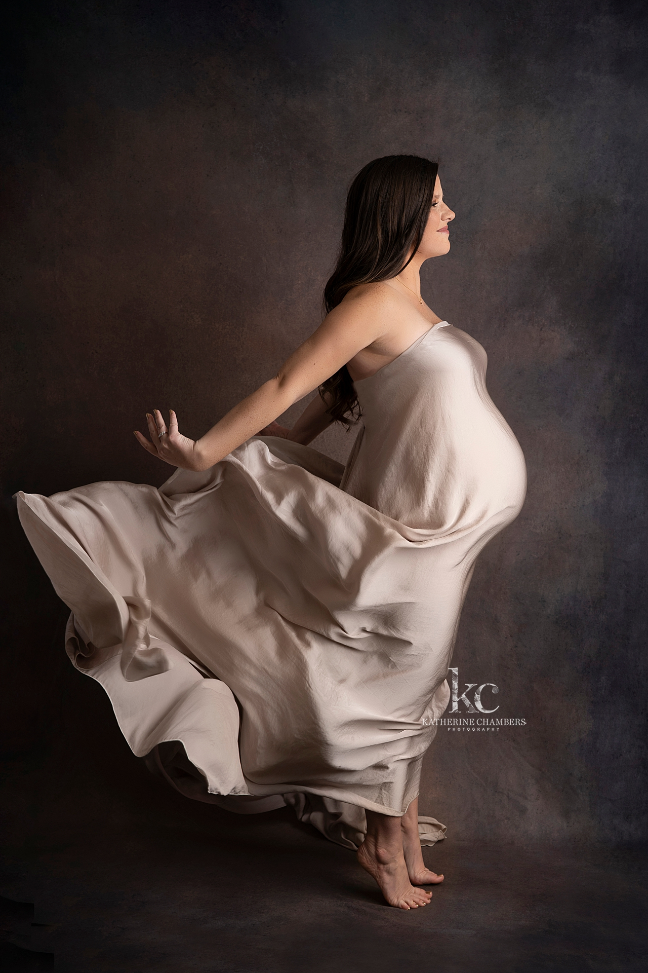 Intimate Maternity Photo Session